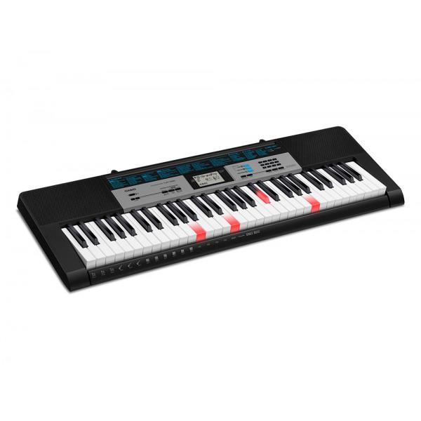 Синтезатор Casio LK-136 (61 клавиша)
